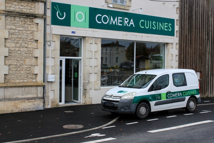 photo du magasin COMERA Cuisines à Fontenay-le-Comte (85)
