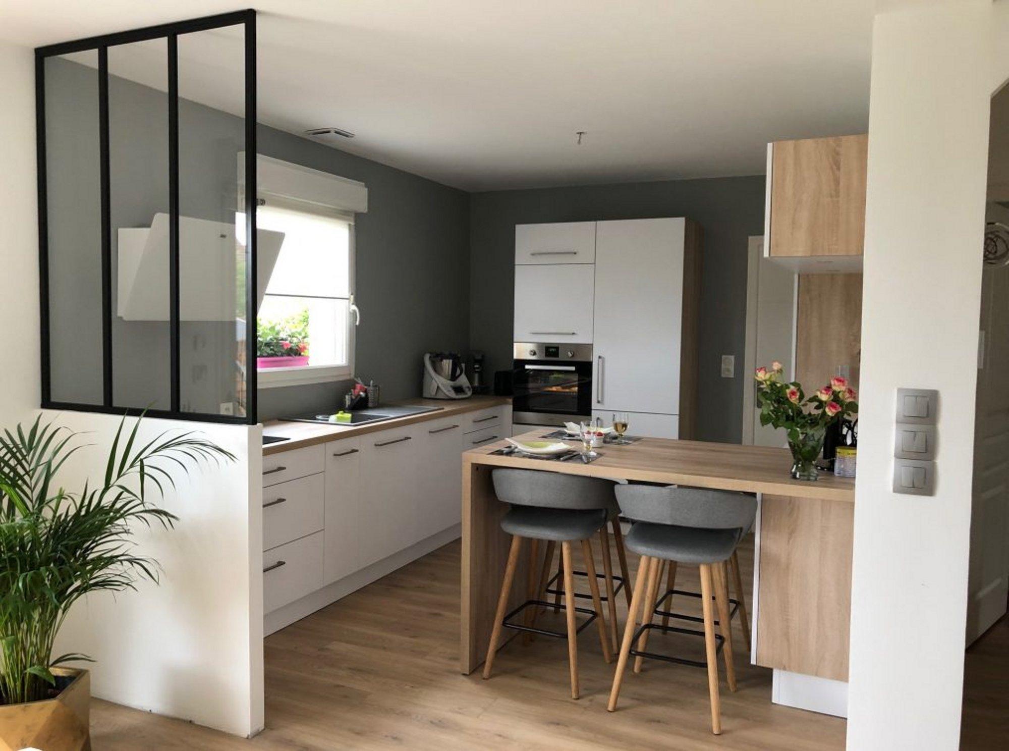 Moderniser sa cuisine avec une verrière - COMERA Cuisines