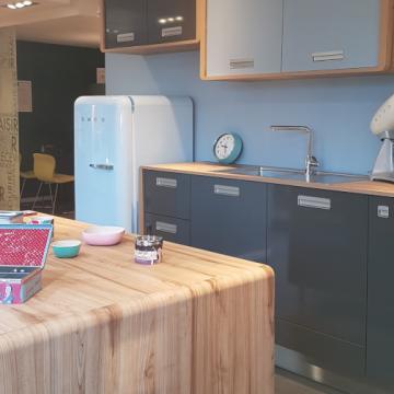 Profitez de la visite de votre magasin de cuisines en vidéo !